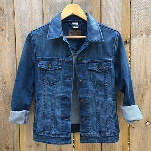 Levi's | Women's Jean Jacket Size M
